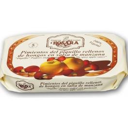 Pimientos de Piquillo rellenos de hongos en salsa de manzana